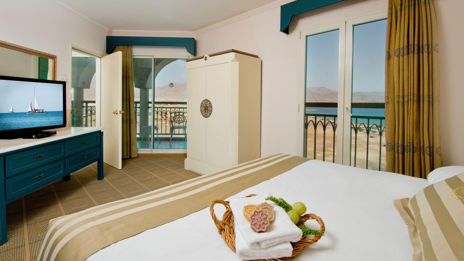 מזמינים חופשה ומתפנקים במלון הרודס בוטיק  ב-50% הנחה !