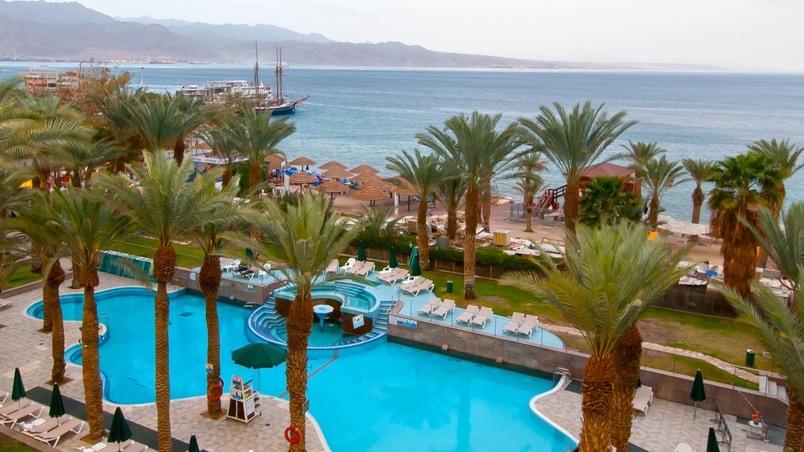 מזמינים חופשה במלון לאונרדו פלאזה אילת ב-45% הנחה!