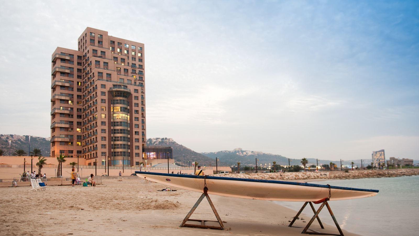 מבצע מפנק במלון לאונרדו פלאזה חיפה ב-40% הנחה!