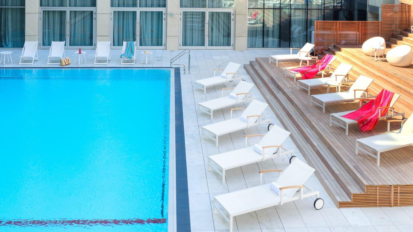 חופשה במלון הרודס הרצליה ב - 40% הנחה!